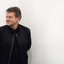 Photo: Peter Peryer Portrait, 2014. Courtesy of artsdiary.co.nz