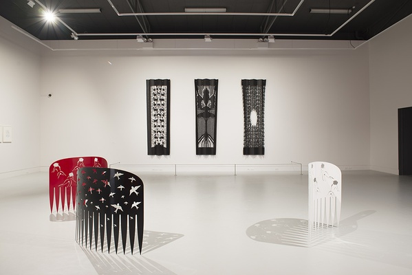 INSTALLATION VIEW FEATURING COMB (BLACK) 2009. PHOTO: JOHN LAKE.