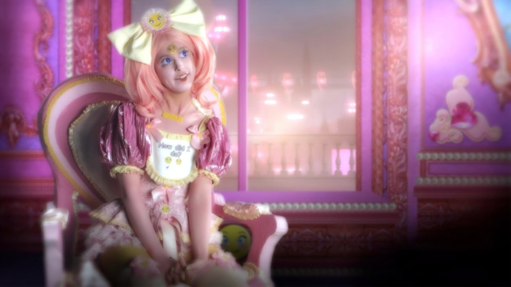 Rachel Maclean, Feed Me, 2015, video still. Courtesy of the artist.