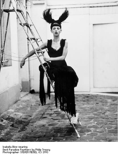 Isabella Blow in Phillip Treacy's Devil Paradise Feathers. Photo: Steven Meisel 1993