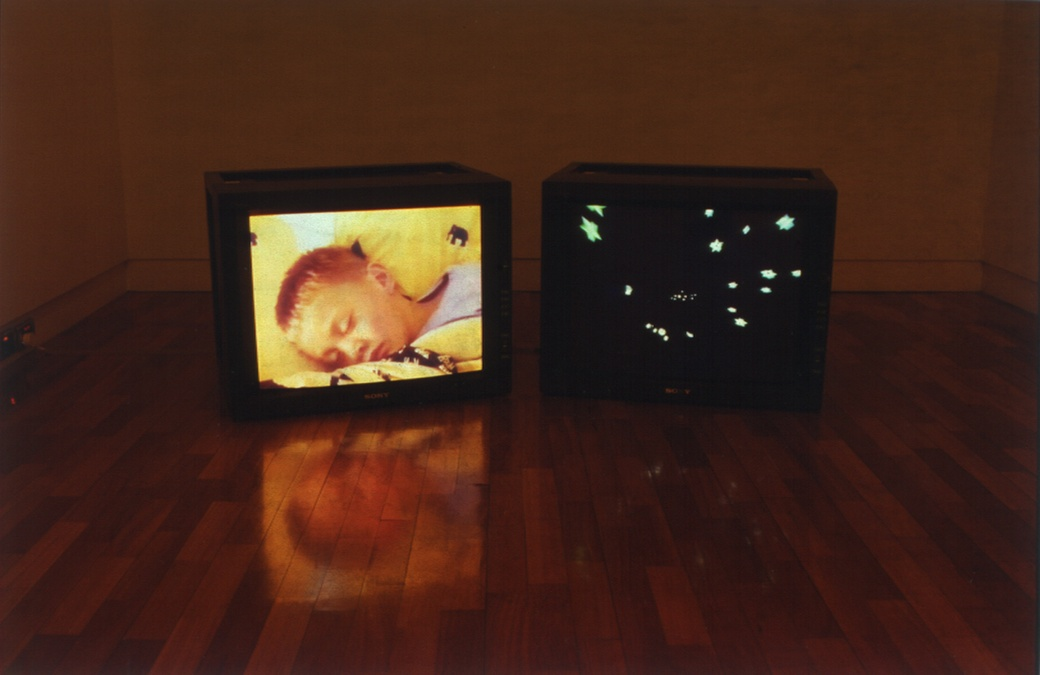 Nathan Pohio, Sleeper, 1999, two-channel video.