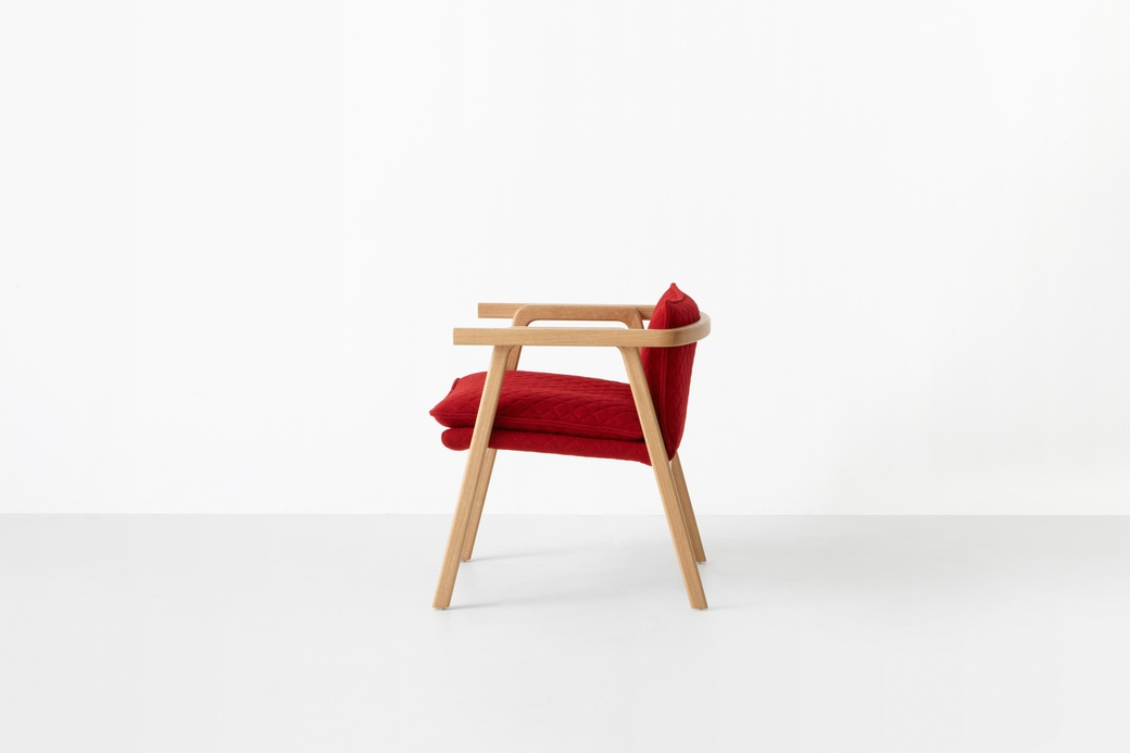 Simon James  Pick Up Sticks Chair  2014  Oak  upholstery  Courtesy of. Modern Revivals  Contemporary New Zealand Furniture   The Dowse